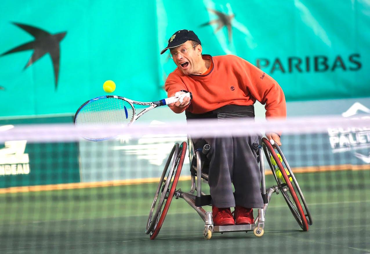 Rencontre avec le fondateur du tennis fauteuil en France.